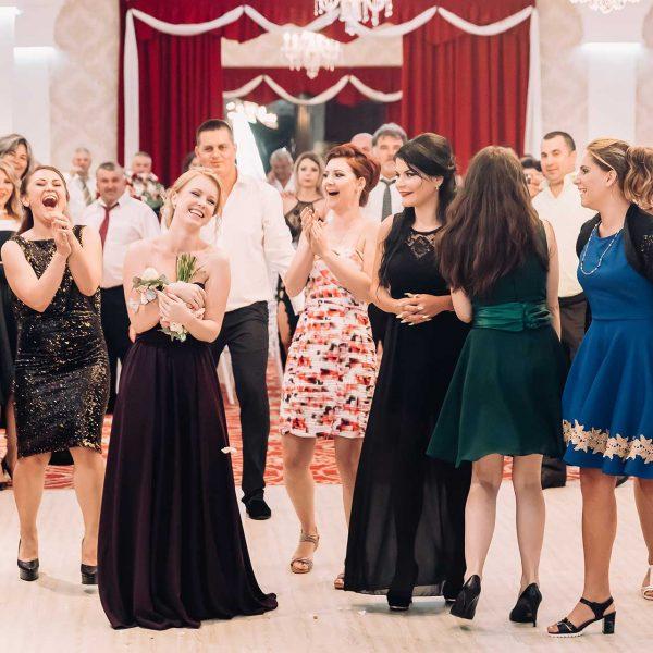 Fotografie de nunta prinsul buchetului