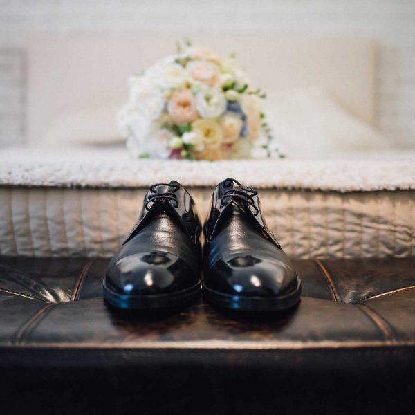 Fotografie detaliu pantofi mire Marius