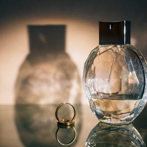 Fotografie detaliu parfum nunta Marius