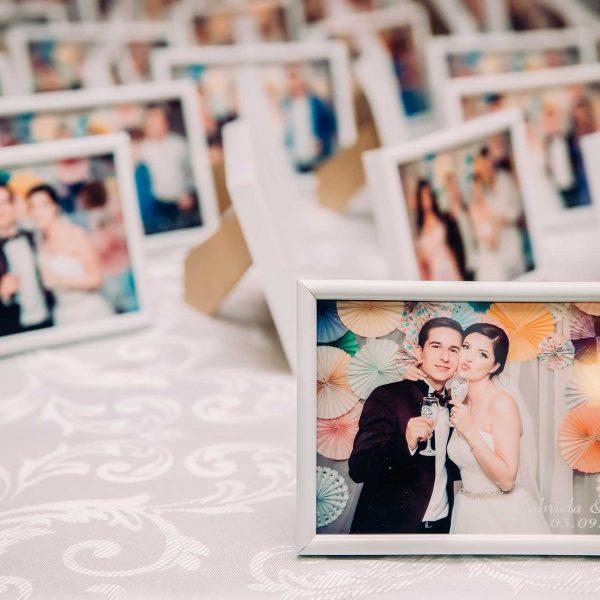 Fotografie marturii nunta editate la restaurant