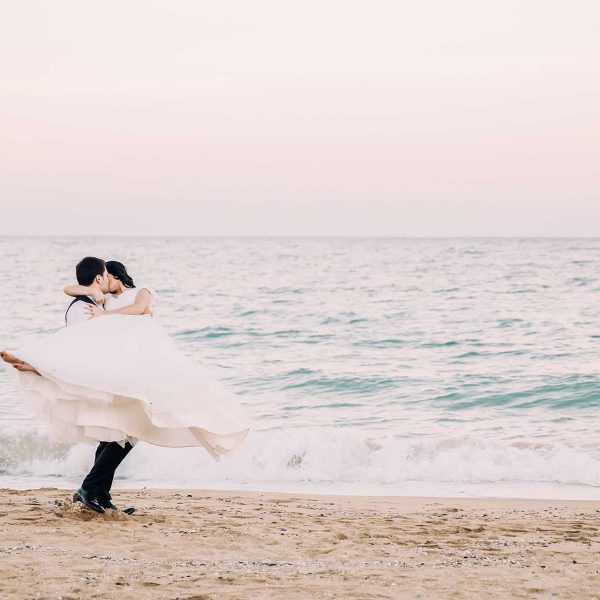 Miri pe plaja la trash the dress in Bulgaria